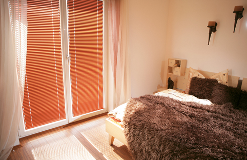at 310 breitenstein fenstertechnik ag. Black Bedroom Furniture Sets. Home Design Ideas